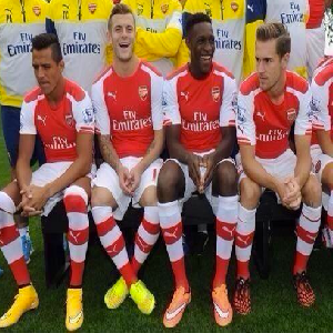 Alexis Sanchez thinking,